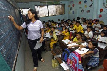 صورة الحكومة تتجهز لاستقدام معلمين وافدين من الفلبين بعد عمّال الميناء