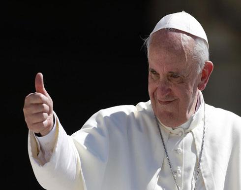 صورة عاجل: البابا يصنع معجزة عبور دوار مزدحم في العاصمة الأردنية