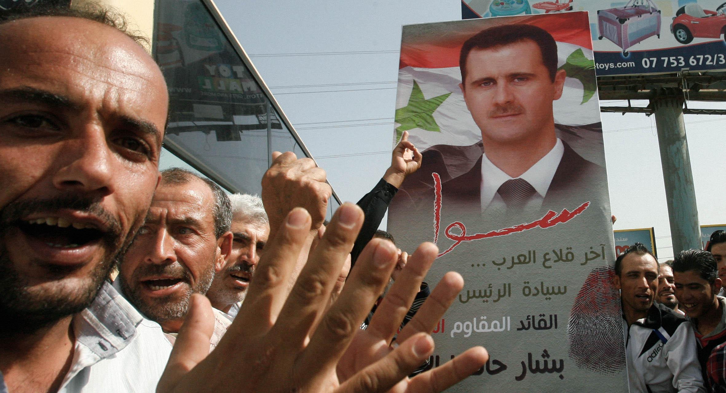 صورة الأسد يباشر حملة فوزه في الانتخابات المقبلة