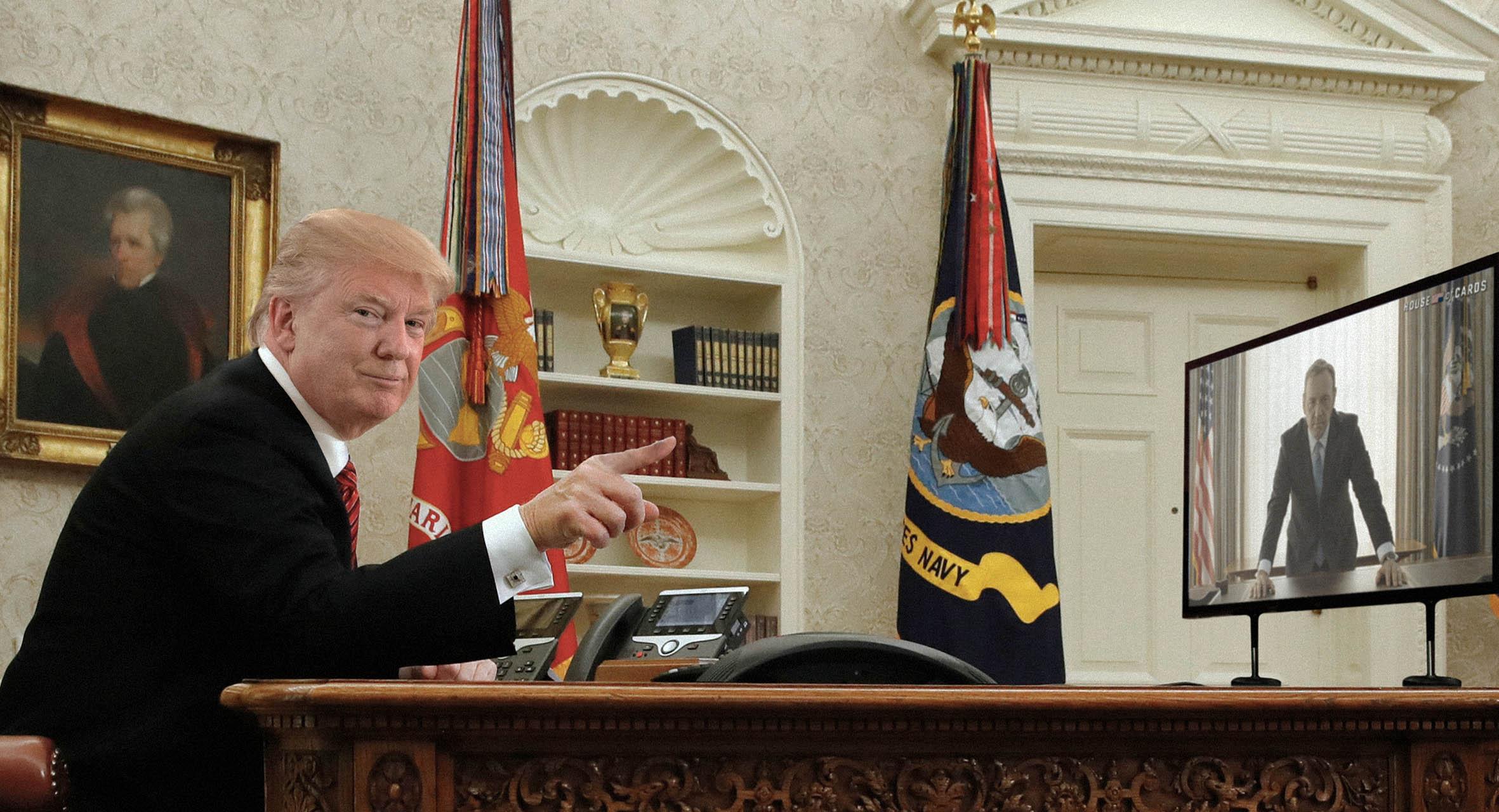 صورة ترامب يؤكد أنه تابع مسلسل هاوس أوف كاردز جيداً ولن تمر عليه حيل الديمقراطيين الرامية لإخراجه