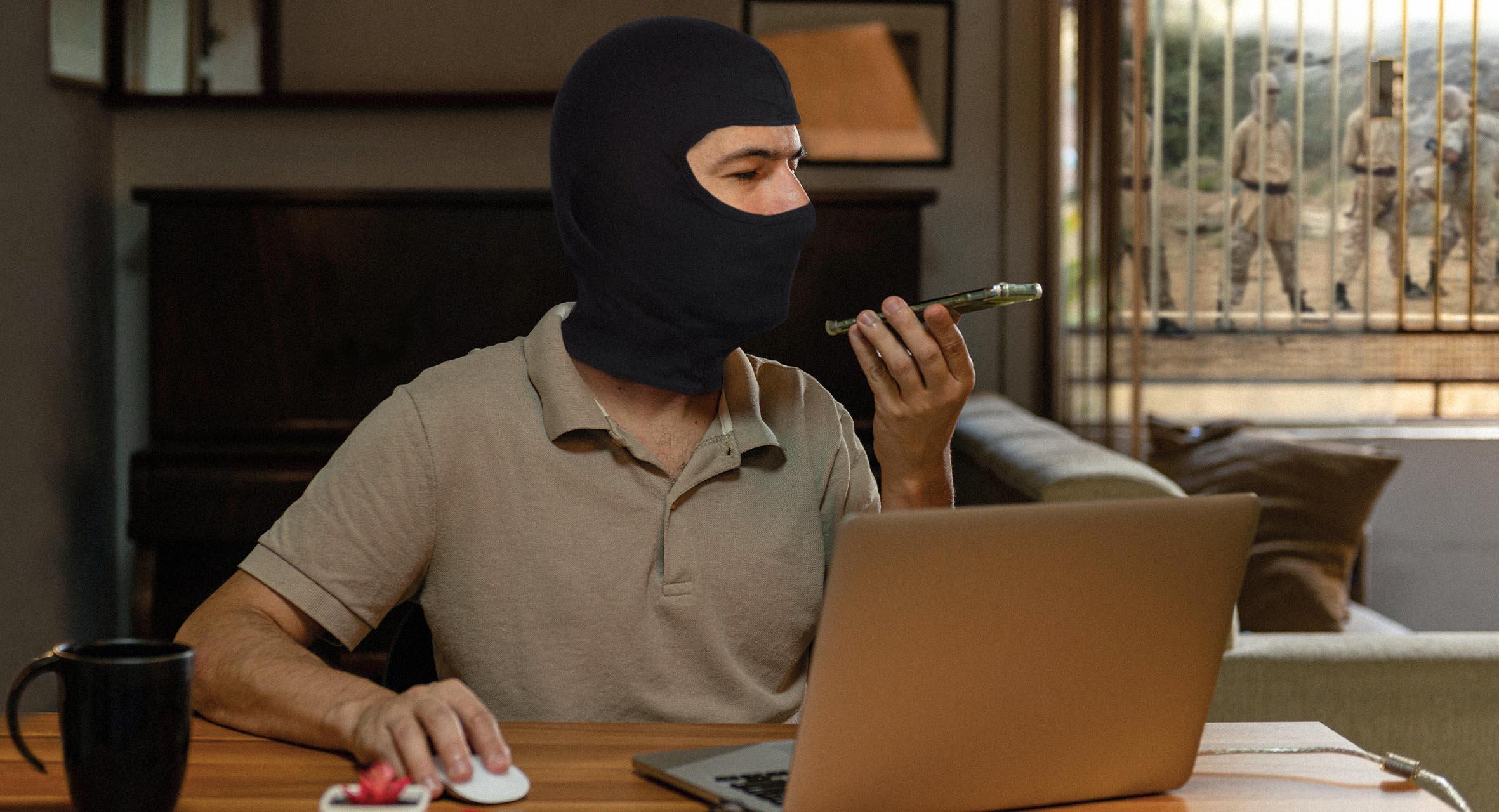 صورة فريلانسر يؤسس جماعة إرهابية ليسهل على نفسه استلام الأموال من الخارج