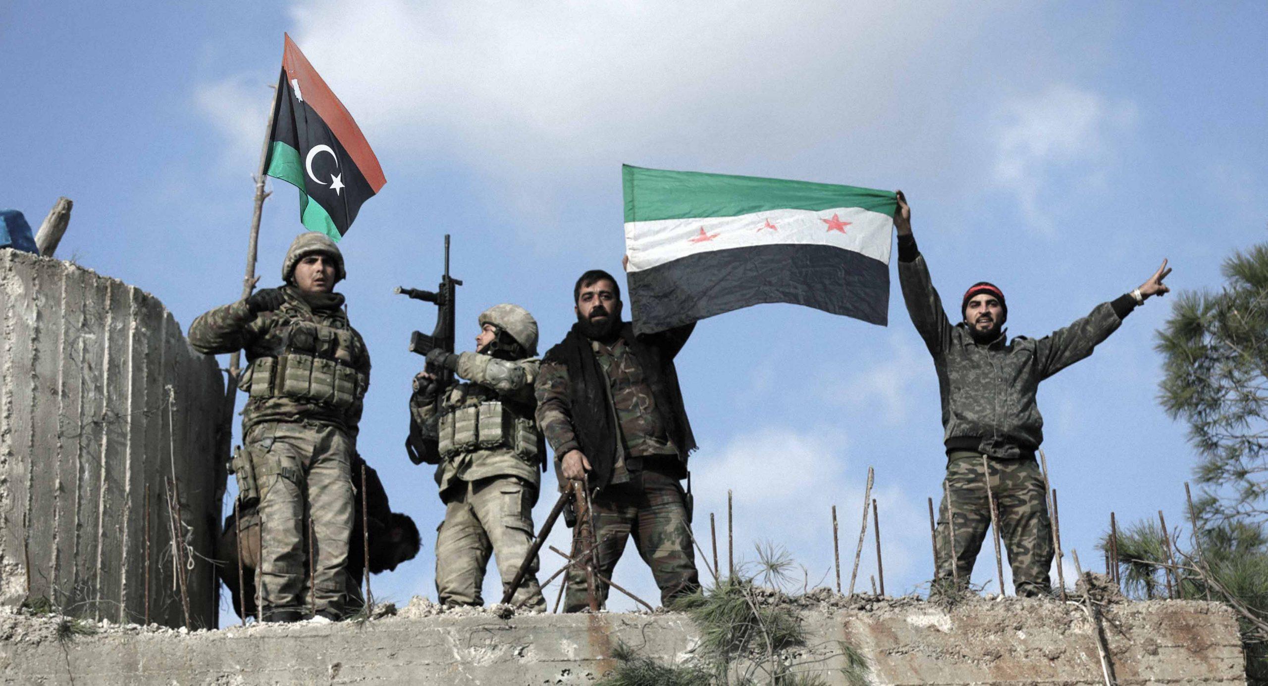صورة فصائل من المعارضة السورية تعوِّض تراجعها في سوريا بالتقدُّم في ليبيا