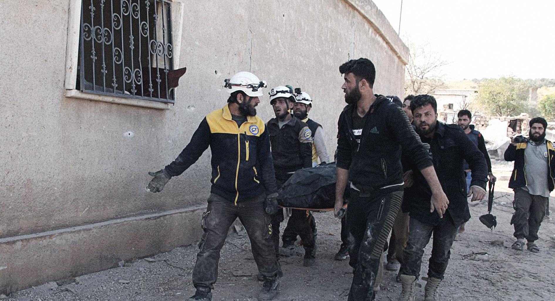 صورة النظام السوري يؤمن عودة ١٥ نازحاً على الأقل إلى دارهم الآخرة