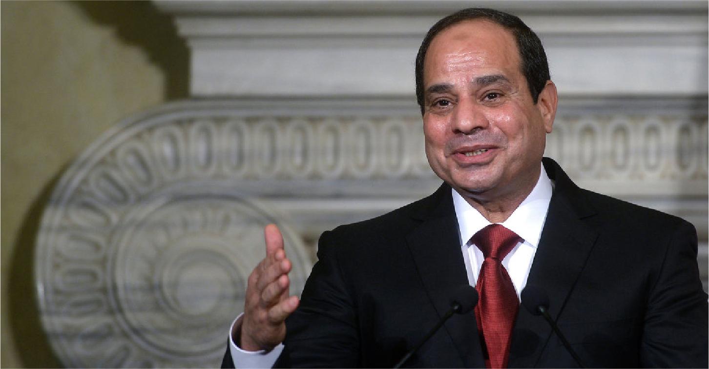 صورة أفضل معلم في مصر يفوز بـ ٤ دولارات تصرف بعد ٢٠ عاماً