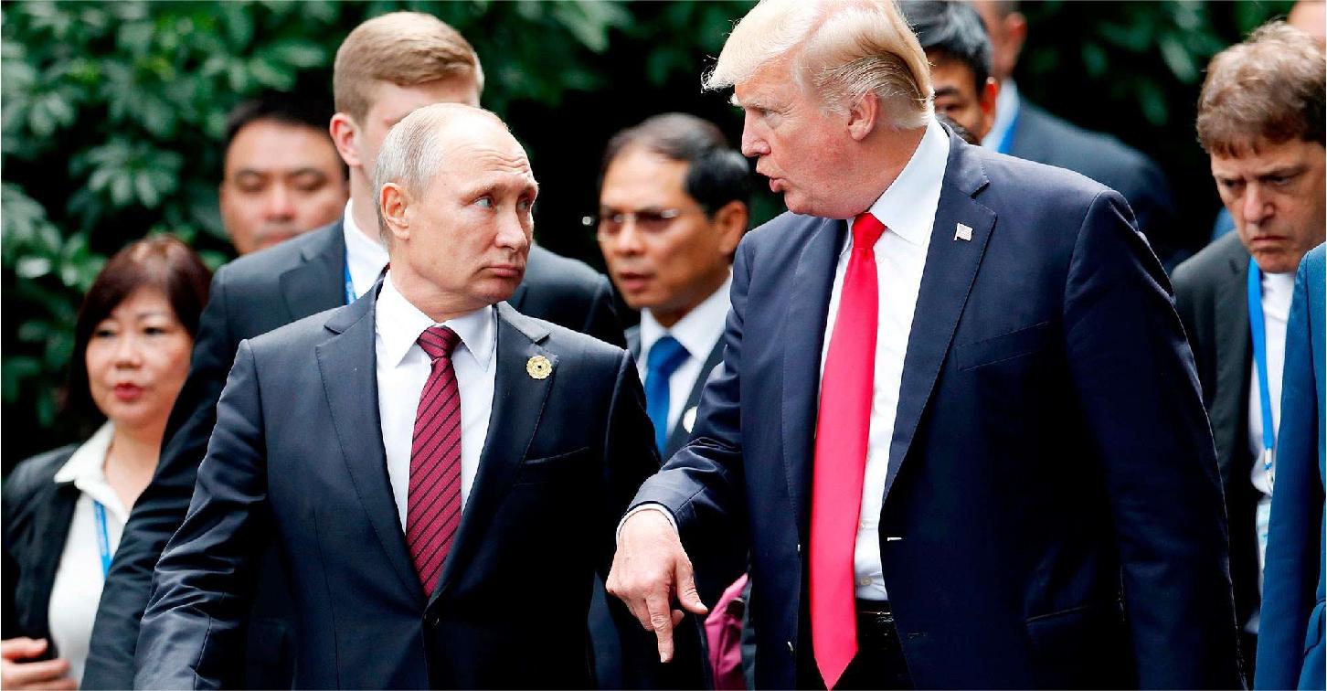 صورة ترامب يعد بوتين بتفصيل تصريحٍ على ذوقه تعويضاً عن تصريحه باحتماليَّة تدخّل روسيا بالانتخابات الأمريكية