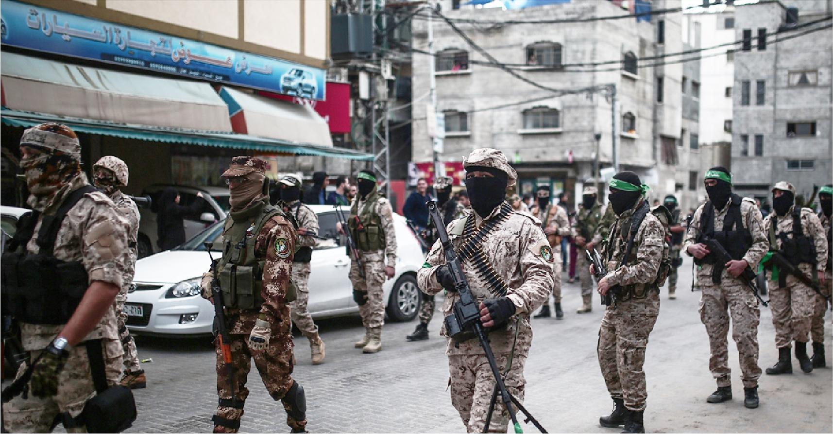 صورة حماس تستعرض ما لديها من ترسانة عسكريّة كافية لرد أيّ عدوان من أهالي قطاع غزة