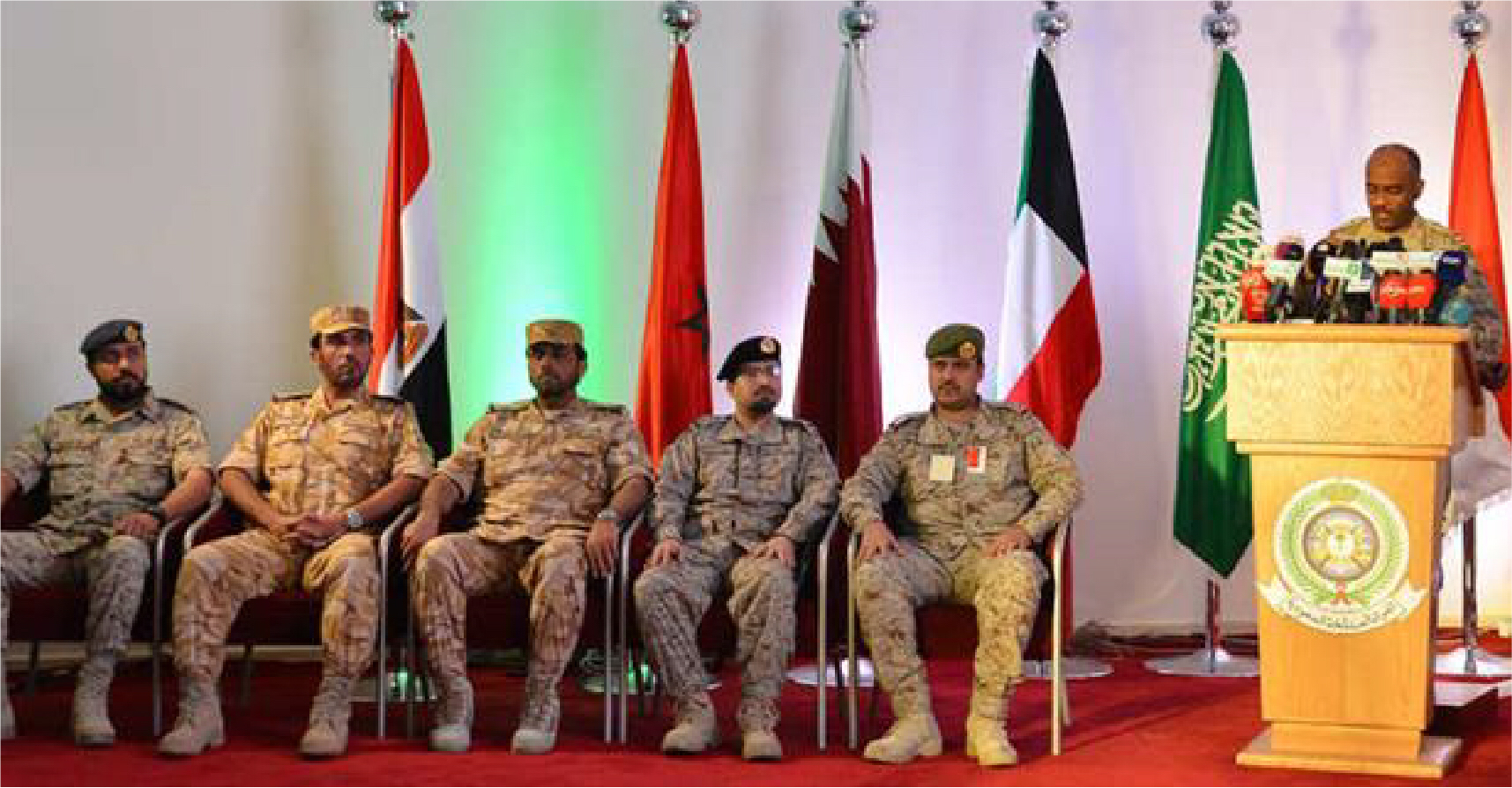 صورة التحالف العربي يستنكر اهتمام الإعلام بقصفَه فندقاً وسوقاً في اليمن وكأنَّ الأمر غريب عليه