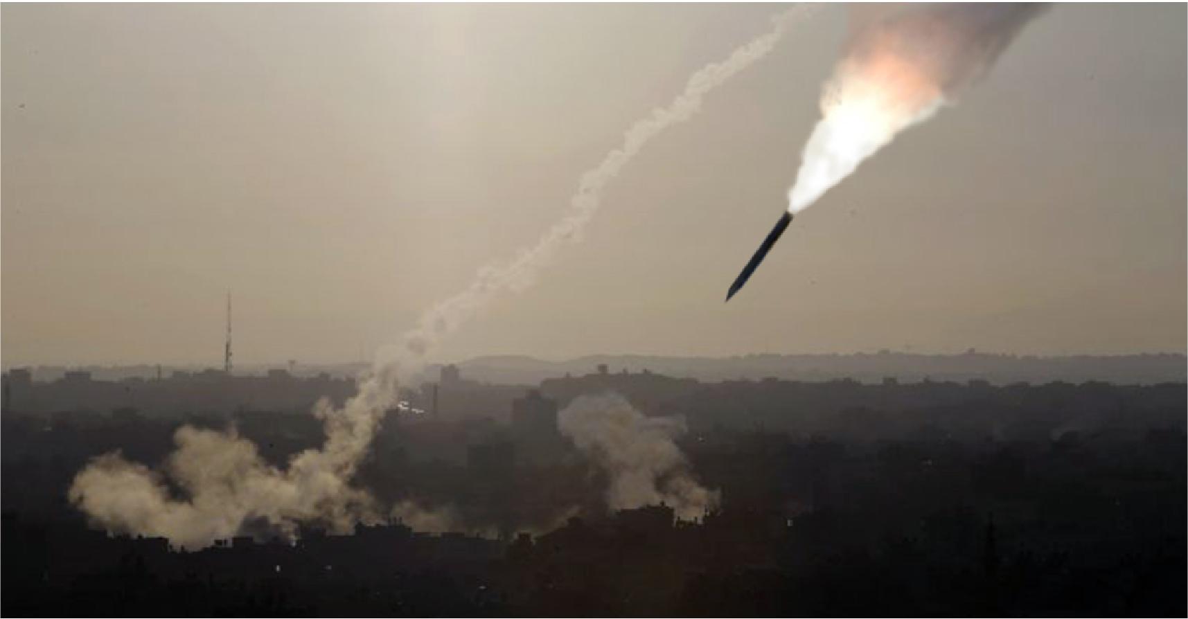 صورة قرعة بين داعشيين تونسي وسوري للفوز بتنفيذ عملية إرهابية