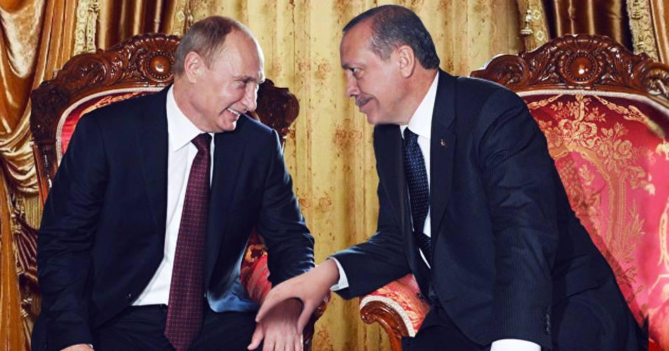 صورة أردوغان وبوتين يؤكدان أن حبّهما أكبر من أمور سطحية كمقتل سفير أو حتى شعب بأكمله
