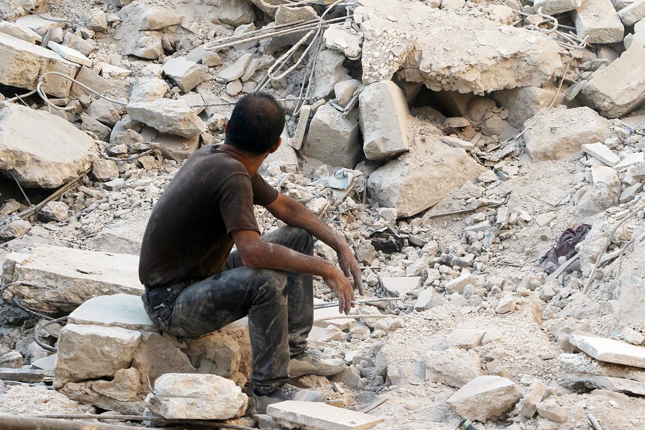 صورة طيران التحالف يقتل ١٢٥ مدنياً سورياً خشية وقوعهم في أيدي داعش