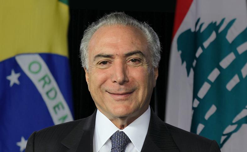 صورة الحكومة تدعو البرازيل  لعدم إتلاف لحومها الفاسدة مؤكّدة أن الشعب يبلع جميع أنواع الفساد بسهولة