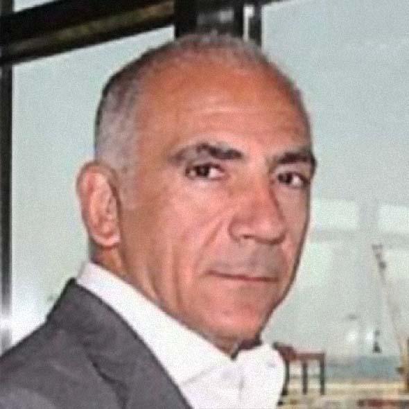 حسن قريطم، خبير ومدير مرفأ بيروت